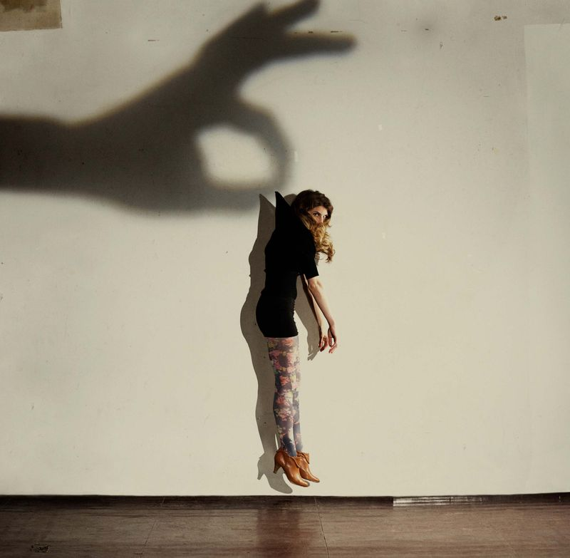 Shadowhandsrussandreyn